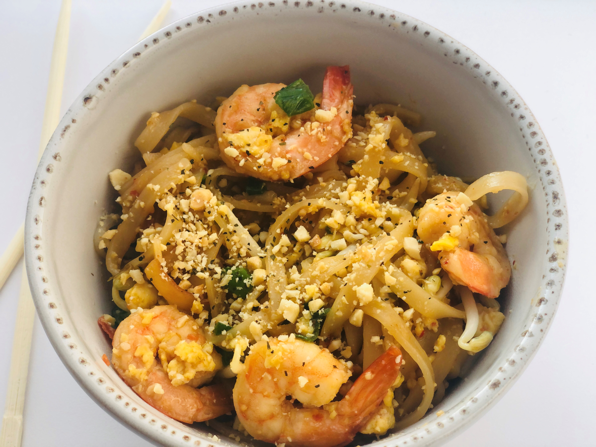 Garlic Butter Shrimp Pad Thai